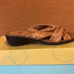 LifeStrude mule sandals